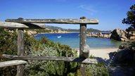 Einer ruhige Badebucht mit türkisem Wasser auf Korsika